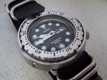 2 best looking dive watches you can buy